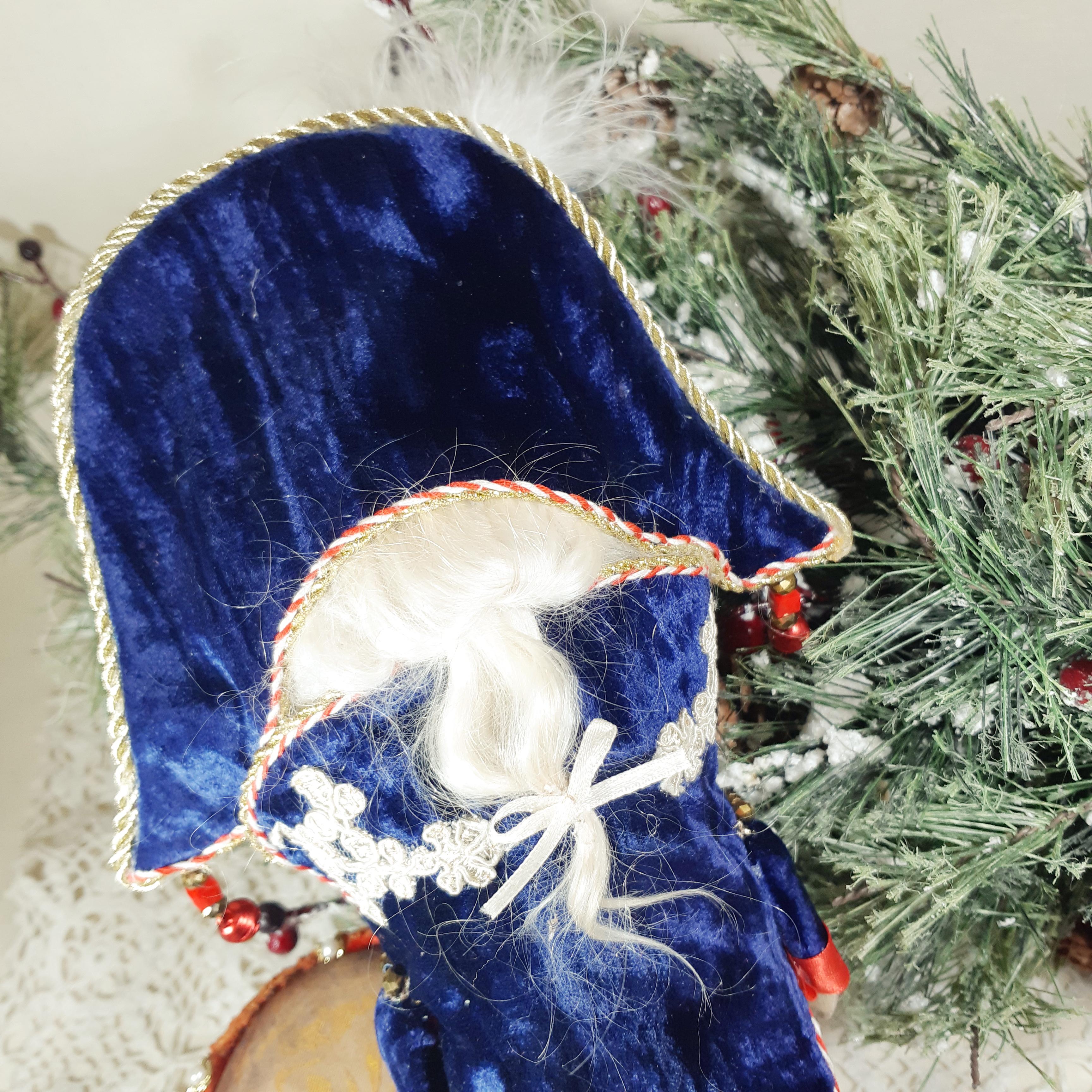 Синий Щелкунчик